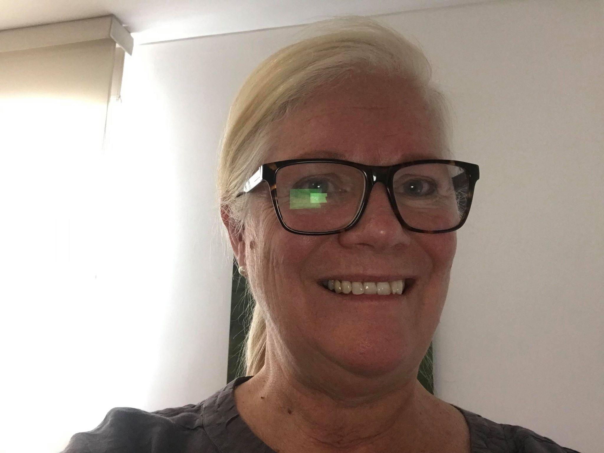 Professional Development Programmes for Primary English Language Teachers, Wendy Arnold